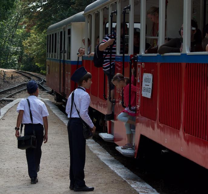 El tren de los niños en Budapest | DESTINOS EXPERIENCIALES