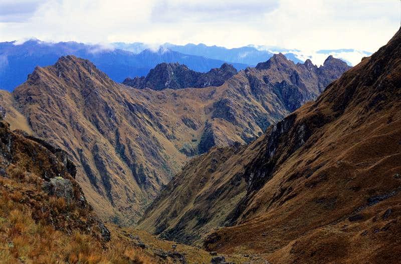 Warmiwañuska CAMINO DEL INCA